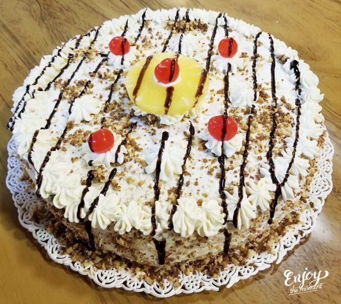 Tortas rellenas con anana